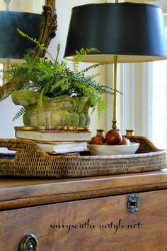 Savvy Southern Style : A Fresh Look in Less Than 10 Traditional Decor, Traditional House, Savvy Southern Style, Interior Decorating, Interior Design, Southern Decorating, French Country Decorating, Decorating Ideas, Interior Exterior