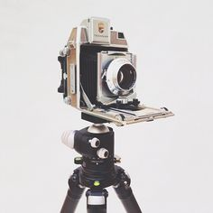 Yeah, this just made it onto our dream camera list. Our buddy Matt Nuzzaco shot this Linhof Super Technika 6x9 camera that made an appearance at his studio yesterday. It belongs to Ryan Carver, whose photos you can see here!
