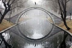 arch bridges are 82 % efficient if built correctly. ;D