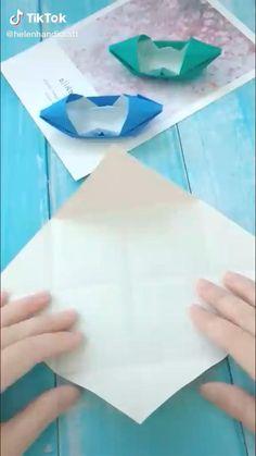 Paper Boat Origami, Origami And Kirigami, Paper Crafts Origami, Origami Tutorial, Origami Easy, Fun Diy Crafts, Paper Crafts For Kids, Preschool Crafts, Disney Diy Crafts
