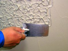 Wall painting decor - CreativStyle With RockCreate you can create artificial rocks and other natural objects (trees, tree trunks, tree disks …), which not only craftIdea org Wall Painting Decor, Painting Tips, Painting Techniques, Wall Texture Design, Pinterest Room Decor, Diy Garden Decor, Creative Walls, Home Decor Furniture, Wood Wall Art