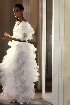 Beverly Johnson in Valentino for Harper's Bazaar Italia March 1980. In love with this dress.
