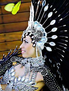 head piece Carnival Dancers, Rio Carnival, Creepy Carnival, Carnival Food, School Carnival, Carnival Wedding, Carnival Festival, Vintage Carnival, Carnival Birthday