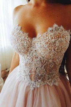 Amazing Wedding Dress Trends & Ideas To Inspire