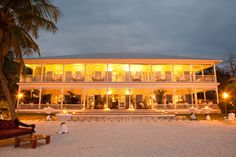 Wedding Destination- Pierre's Restaurant, Florida Keys. Photo by KT Merry.