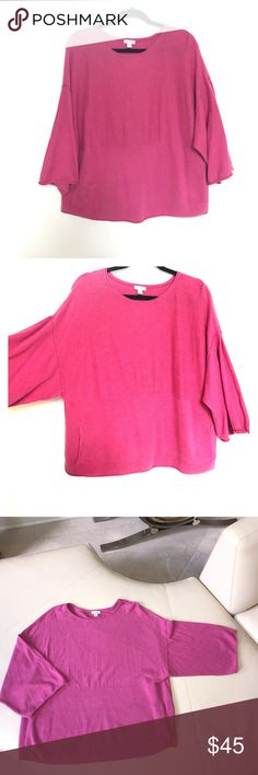 Pure J.Jill Pink Sweater 💜 XS Pure J.Jill Pink Sweater 💜 XS   Extra small but feels like oversized fit.  Tunnel pocket in the middle  Wide sleeves   95% cotton 5% cashmere Very comfortable  Excellent pre-loved condition J. Jill Sweaters Crew & Scoop Necks
