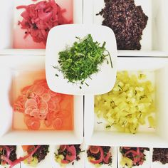 All'opera  per l'aperitivo vegano.. #chefjacopolovisolo #italianfood #cucinaitaliana #veganfriendly #vegan #chef #food