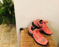 01c710a40f69 Nike 654486 Womens Air Zoom Pegasus 31 Low Top Running Shoes Orange Blk Sz 6