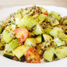 Quinoa Salat mit dunklem und hellem Quinoa aus der Migros von @missdelishnutri