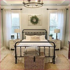 80 Urban Farmhouse Master Bedroom Remodel Ideas - Home Decor Small Master Bedroom, Master Bedroom Design, Home Decor Bedroom, Bedroom Furniture, Bedroom Designs, Bedding Decor, Diy Bedroom, Bed Designs, Bedroom Curtains