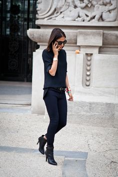 Sometimes an all black outfit looks awesome.