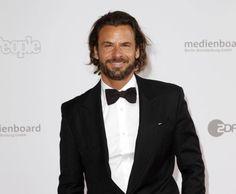Sexy & smart: Single-Schauspieler Stephan Luca macht auf dem roten Teppich immer eine gute Figur.