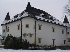 Netradičné kaštiele na strednom Slovensku, ktoré stoja za pozornosť Horna Lehota