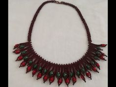 Herringbone Necklace, Blood Cells, Oils For Skin, Beading Tutorials, Jewelry Patterns, Bead Weaving, Seed Beads, Make It Yourself, Crystals