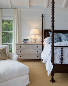 Love the bed frame and the side table.