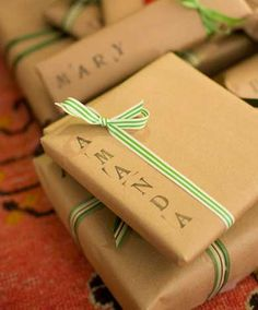 Easy and Creative DIY Gift Wrap Ideas - Haystack in a Needle - Click Pic for 25 Gift Wrapping Ideas for Christmas