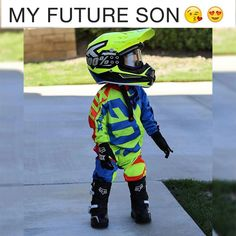 Omg 😭 thank you so much to for sending Jagger this production helmet coming out in the future! Motocross Love, Motocross Couple, Dirt Bike Party, Dirt Bike Gear, Dirt Biking, Moto Off Road, Motorcycle Nursery, Moto Enduro, Cool Boy Names