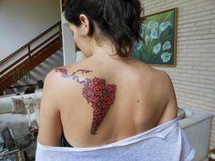 América Latina, beautiful unique tattoo but I'd get it with mexico! Tatoo Art, I Tattoo, Tattoo America, Latina Tattoo, Girl Tattoos, Tatoos, Arte Latina, Tattoo Addiction, World Tattoo