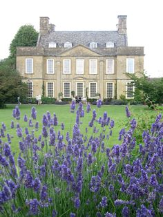 The perfect house in the English countryside. English Manor, English House, English Estates, English Cottages, French Cottage, French Country House, Country Houses, Country Living, Beautiful Homes
