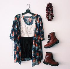 Floral Overshirt with Shredded Tassels, Simple White Dress with Robe Look Waist Belt, Brown Back Pack, and Rustic Brown Tall Lace-Up Heel Boots - http://ninjacosmico.com/22-beautiful-boho-chic-outfits-try/