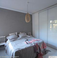 makuuhuone,makuuhuoneen sisustus,efektiseinä,betoniseinä,hay