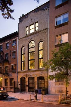 Switch it up for your next vacation and stay in this renovated former synagogue! #NewYork