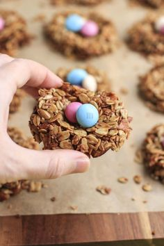 A healthier Easter snack for the kids: These cute Granola Birds' Nests with Chocolate Eggs | Stacey Homemaker