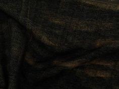 Malha Denim Washed (preto). | KiteMalha mais espessa, maleável e agradável ao toque. Aspectos visuais semelhantes a lavagem em um jeans.  Sugestão para confeccionar:leggings, calça montaria, calça flare, shorts, entre outros.