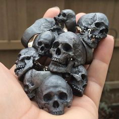 """early morning grave robbing, skull rings"" Into The Fire Jewelry skull rings hand carved by Demitri Bakogiorgis Skull Jewelry, Gothic Jewelry, Skull Rings, Gothic Rings, Western Jewelry, Hippie Jewelry, Estilo Heavy Metal, Graffiti 3d, Skull Reference"