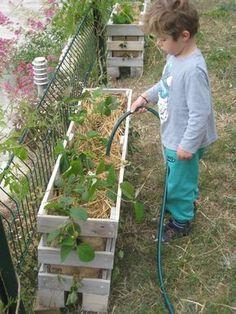 Des jardinières pour les fraises en récup de palettes - créations ...