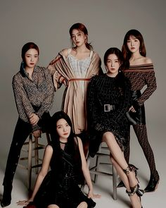 red velvet for chicteen Seulgi, Group Photo Poses, Photography Poses, Fashion Photography, Red Velvet Photoshoot, Velvet Wallpaper, Red Velvet Irene, Velvet Fashion, How To Pose