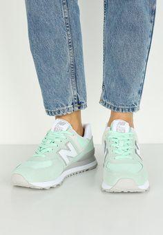Лучших изображений доски «Shoes»  49 в 2019 г.   New balance, Shoes ... 7f5ecdd4cad