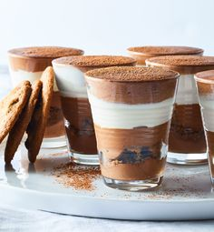 What's better than one kind of chocolate? Three--dark and white chocolate, plus crunchy chocolate chip cookie crumbles. Easy Chocolate Pudding, Easy Chocolate Desserts, Just Desserts, Dessert Recipes, Triple Chocolate Mousse Cake, Craving Chocolate, Baking Desserts, Mini Desserts, Pudding Recipes