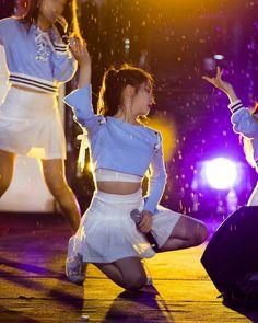 Dayoung Cosmic Girls, Starship Entertainment, Concert, Style, Fashion, Swag, Moda, Fashion Styles, Fasion