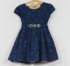 Vestido infantil de festa azul-marinho com casaco