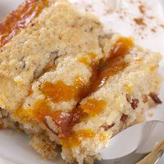 Warm Pumpkin Pudding Cake - Stonewall Kitchen Köstliche Desserts, Delicious Desserts, Yummy Food, Pudding Desserts, Pudding Recipes, Chocolate Desserts, Pumpkin Recipes, Cake Recipes, Dessert Recipes