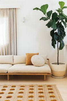 inside alex bennett's australian reno. / sfgirlbybay inside alex bennett's australian reno. Living Room Furniture, Living Room Decor, White Furniture, Antique Furniture, Luxury Furniture, Furniture Decor, Modern Furniture, Room Interior Design, Interior Styling