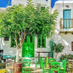 Beautiful Dream, Beautiful Places, Greek Blue, Greek Design, Greece Islands, Small Island, Greece Travel, House Colors, Decoration