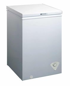 midea Single Door Chest Freezer, Cubic Feet, White - Home Appliances Wire Basket Storage, Wire Storage, Storage Hacks, White Refrigerator, Refrigerator Freezer, Upright Freezer, Chest Freezer, White Chests, Cubic Foot