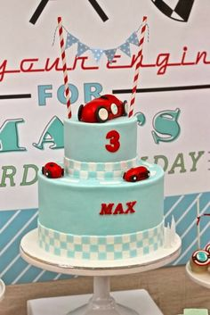 Vintage car cake idea for William Pinteres