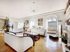 Three bedroom apartment in Trocadero Luxury Condo, Luxury Homes Dream Houses, Luxury Interior, Dream Homes, Interior Design, Bedroom Apartment, Apartment Living, Paris Home, Paris Paris
