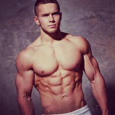 Il est parfait #gay #photo #boy #instagay #followmegay #gaystagram #beaugosse #beaumec #homme #sexyboy #gaysexy #gayhit #gayfrance #instagayboy #muscles #abdos #sportif powered by clubjimmy.com