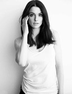 Photos of Rachel Weisz, one of the hottest women in movies and TV. Rachel Weisz is the English actress who won an Academy Award for her role as Tessa Quayle in The Constant Gardener (2005). She starred in The Fountain in 2006 and About A Boy in 2002, and she played Dr. Marta Shearling in The ...