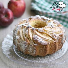 Pear cake with chocolate sauce - HQ Recipes Pear Recipes, Lemon Recipes, Lemon And Coconut Cake, Apple Cake, Cake Toppings, Savoury Cake, Clean Eating Snacks, Chocolate Recipes, Biscuits