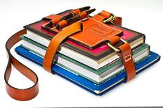 This is so geeky but manly and Book Strap MXS Saddle Leather, Leather Bag, Crea Cuir, Leather Books, Mode Masculine, Leather Projects, Leather Accessories, Leather Working, Leather Craft