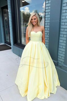 Yellow Prom Dresses,Sweetheart Prom Dress, Shop plus-sized prom dresses for curvy figures and plus-size party dresses. Ball gowns for prom in plus sizes and short plus-sized prom dresses for Prom Dresses With Pockets, Pretty Prom Dresses, Simple Prom Dress, Hoco Dresses, Dance Dresses, Elegant Dresses, Homecoming Dresses, Simple Dresses, Beautiful Dresses