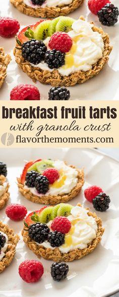 Breakfast Fruit Tarts with Granola Crust are crunchy granola tart shells filled with yogurt, homemade lemon curd and topped with fresh fruit! {GF, VEG} via @FlavortheMoment #breakfast #fruits #tarts #granola #crust #glutenfree #vegetarian #yogurt