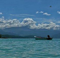 Playas de Chuspa, Edo.Vargas Chorrerón. Venezuela
