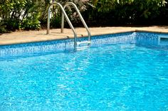 Whether building a new pool or renovating, LOOP-LOC pool liners are the perfect choice. http://www.midamericasales.net/#!builder-and-service-products/wutyj