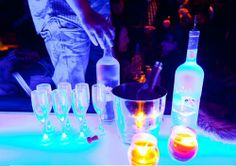 how to throw a black light party college gloss college parties frat parties